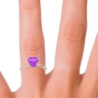 Solitaire Trillion Vatata Amethyst Ring in 14K Rose Gold